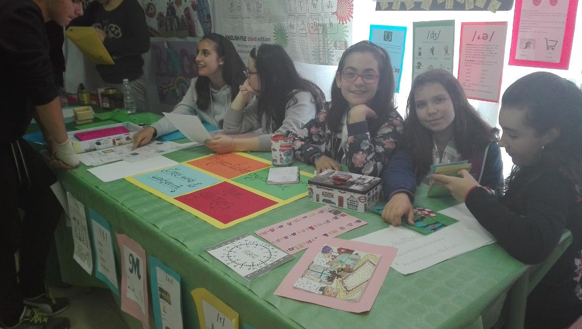 stand inglés easy 3
